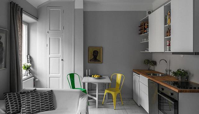 Căn bếp sắc màu đơn giản