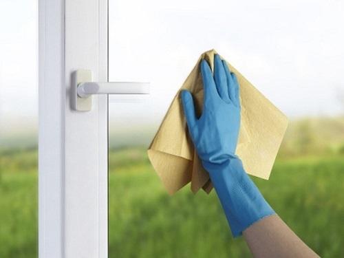 Cách vệ sinh cửa kính hiệu quả