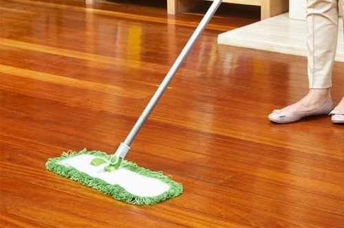 Cách lau dọn sàn nhà sạch sẽ